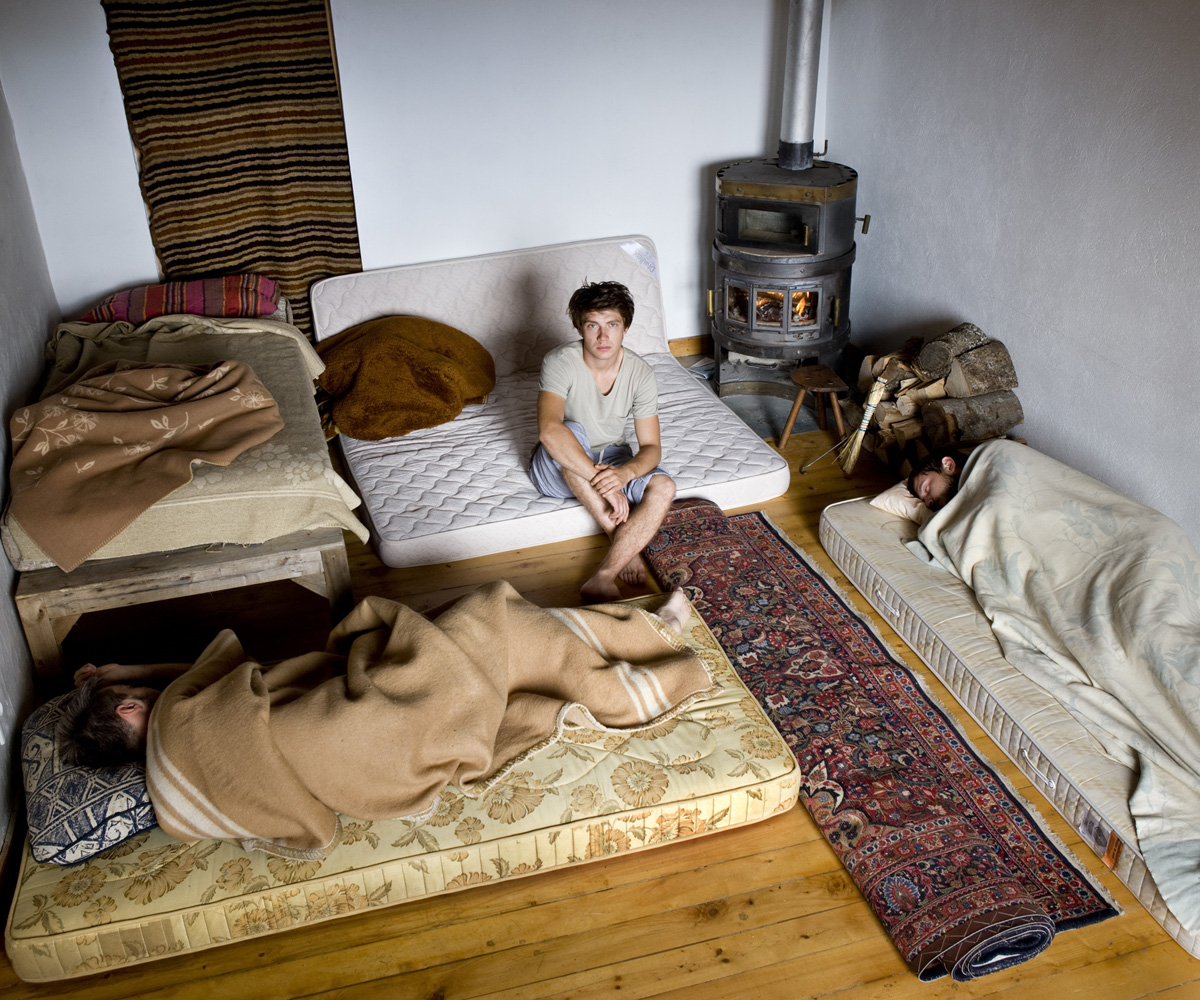 9fbe2759a9 CouchSurfing – Gabriele Galimberti
