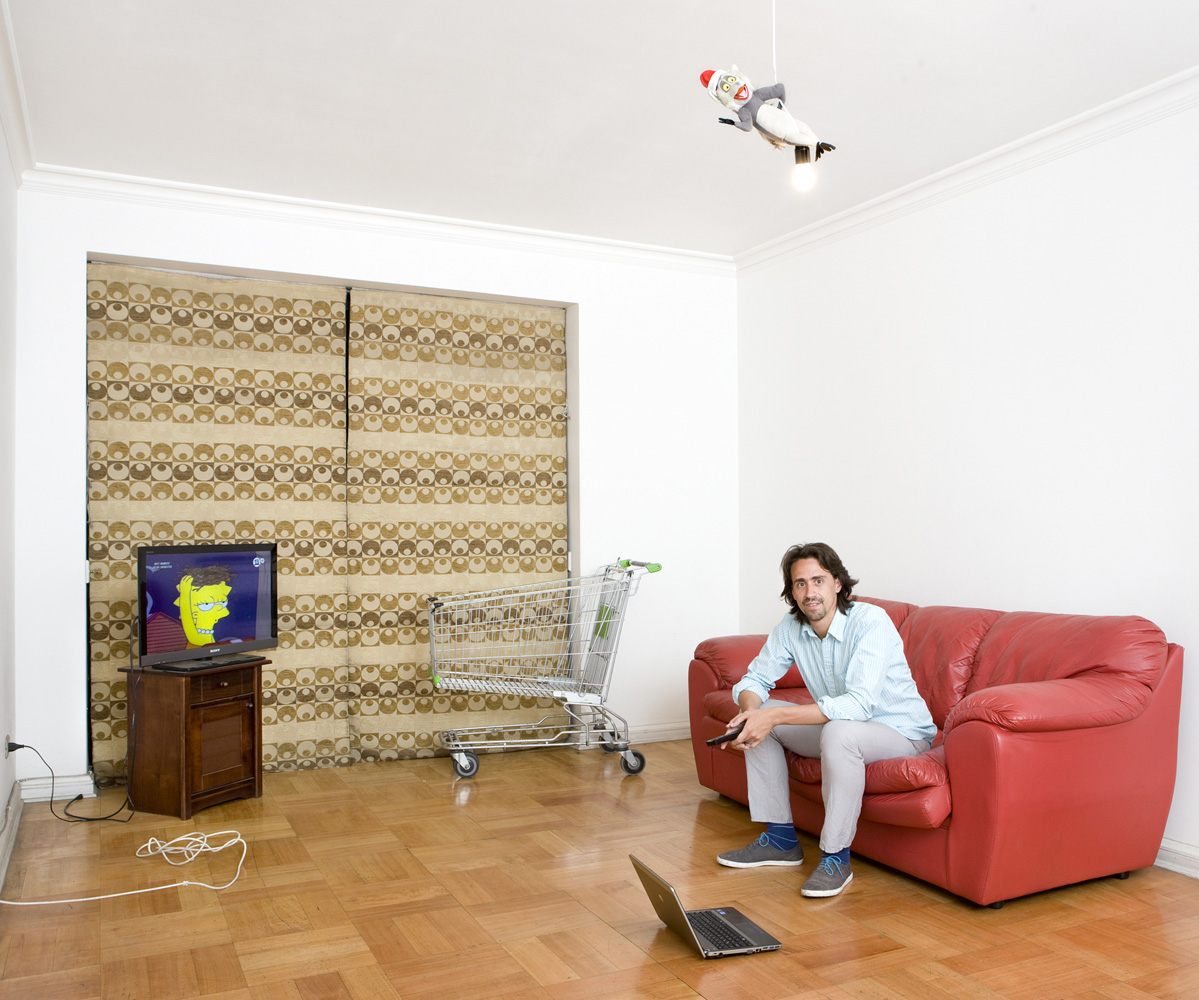 Astounding Couchsurfing Gabriele Galimberti Caraccident5 Cool Chair Designs And Ideas Caraccident5Info